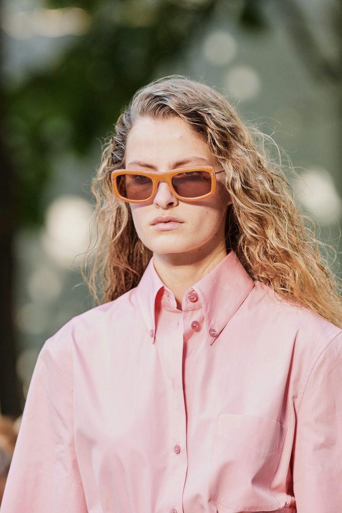 Модные солнцезащитные женские прямоугольные очки rectangular из коллекции 2020 Salvatore Ferragamo