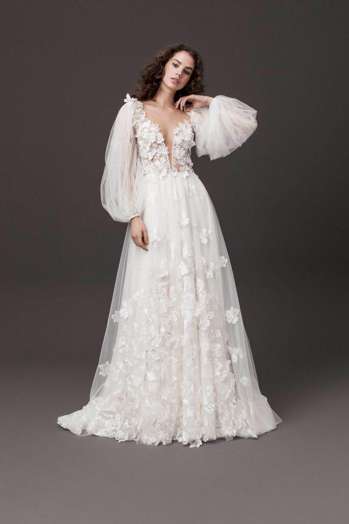Модное свадебное платье в длинными рукавами из коллекции 2020 Daalarna Couture