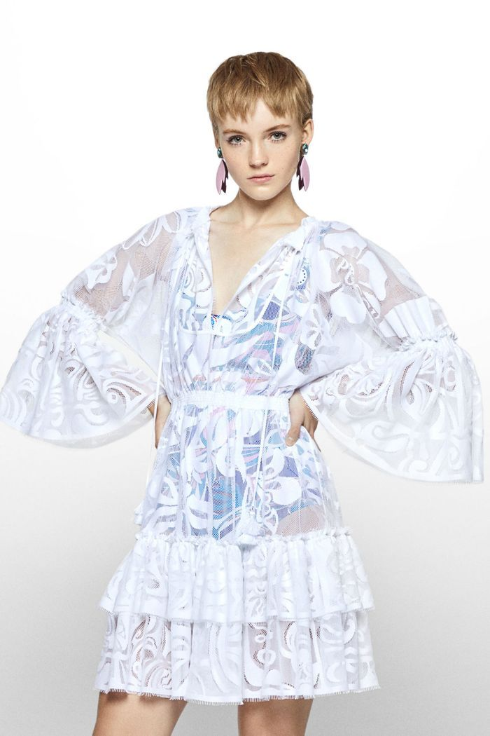 Модное белое пляжное платье 2020 из коллекции Emilio Pucci