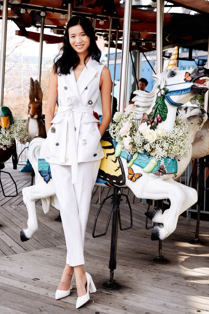Тренд свадебной моды 2020 - свадебный костюм. Коллекция Lela Rose