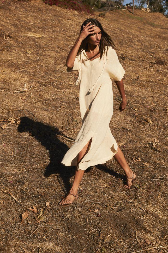 Модное удлиненное пляжное платье рубашка 2020 из коллекции Lisa Marie Fernandez