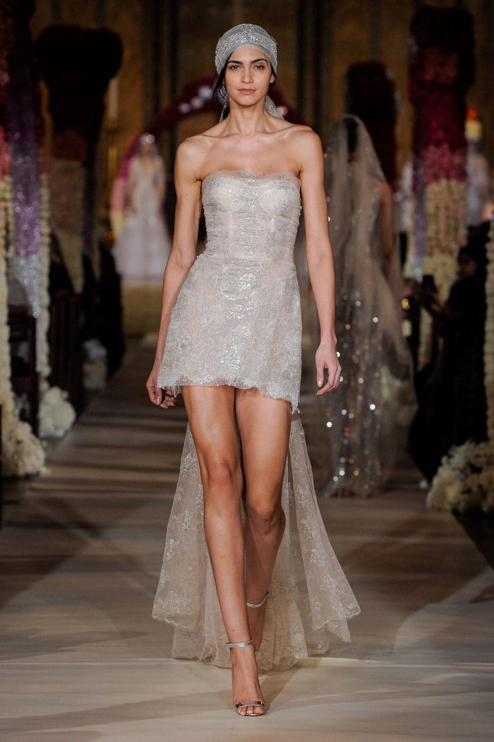 Тренд свадебной моды 2020 - платки. Коллекция Reem Acra