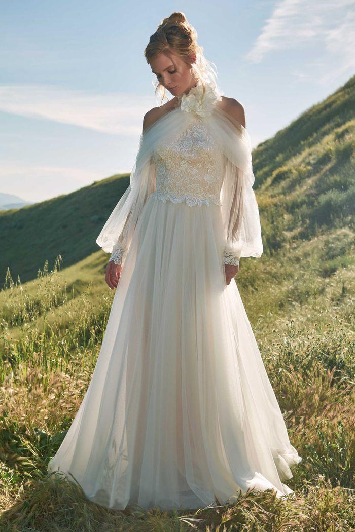 Модное свадебное платье в длинными рукавами из коллекции 2020 Tadashi Shoji
