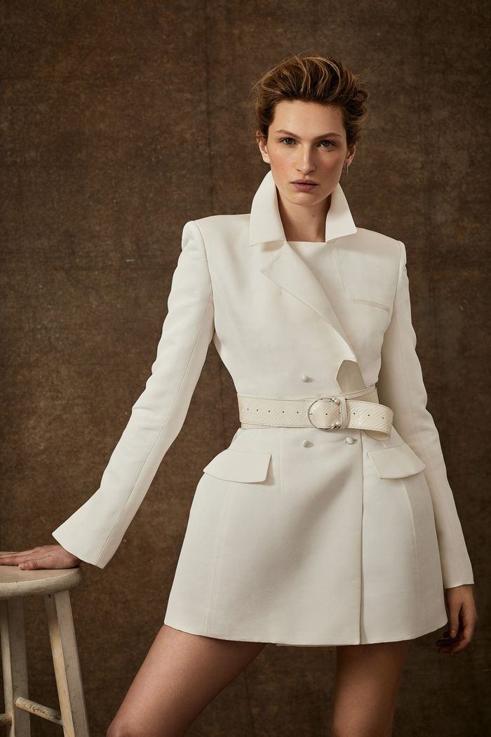 Тренд свадебной моды 2020 - свадебное платье-пиджак. Коллекция Danielle Frankel