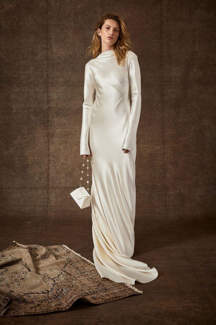 Тренд свадебной моды 2020 - свадебное платье в стиле минимализм. Коллекция Danielle Frankel