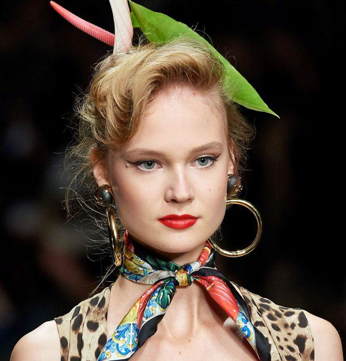 Тренды в макияже весна-лето 2020. Фото с показа коллекции Dolce & Gabbana