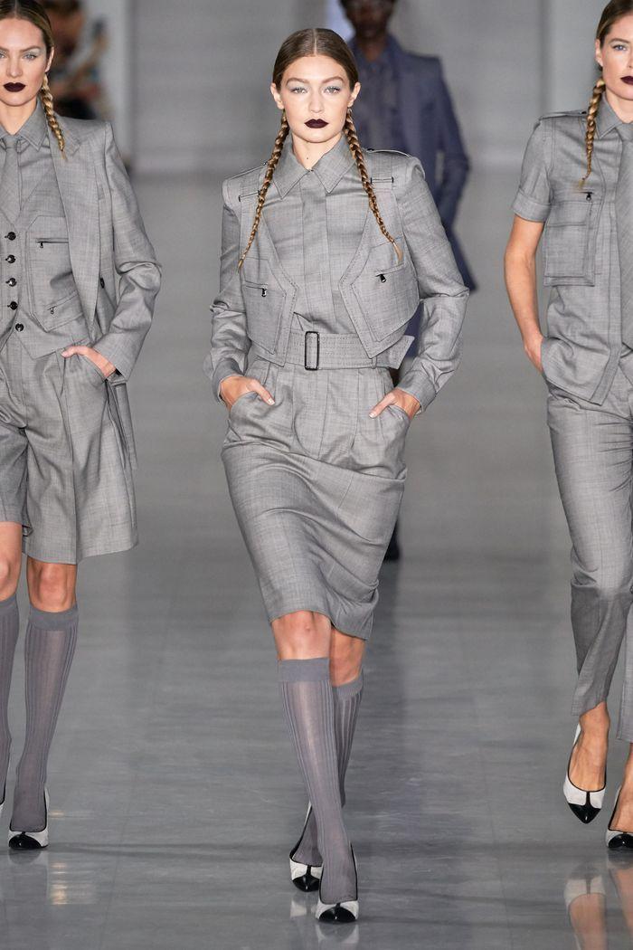 Модный костюм с юбкой из коллекции весна-лето Max Mara