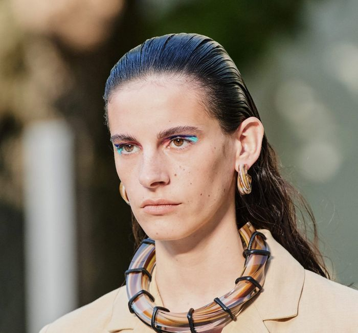 Тренды в макияже весна-лето 2020. Фото с показа коллекции Salvatore Ferragamo