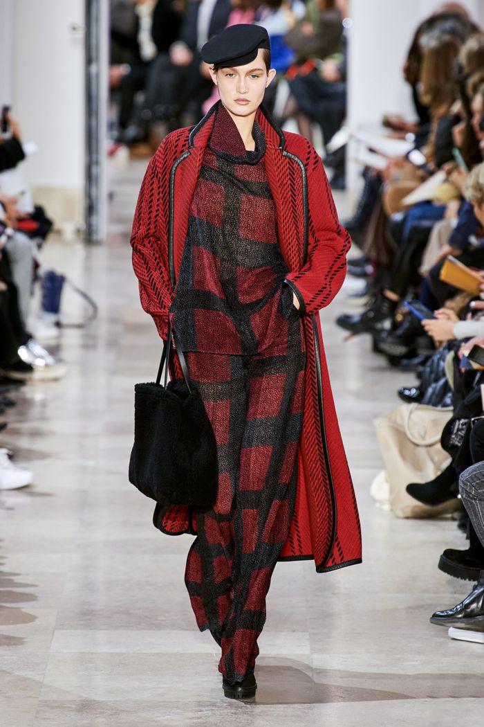 Модные цвета в одежде осень-зима 2020-2021. Образ из коллекции Akris