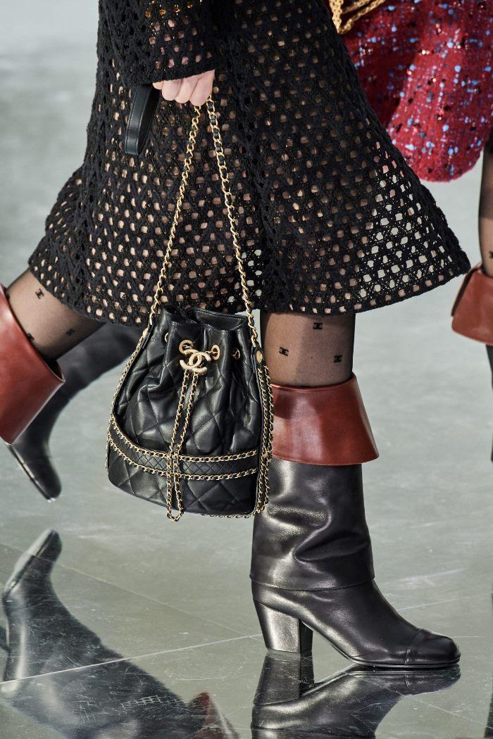 Тренды осень-зима 2020-2021 в сумках и аксессуарах. Коллекция Chanel