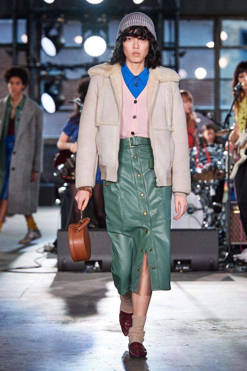 Модная юбка с пуговицами осень-зима 2020-2021 из коллекции Coach