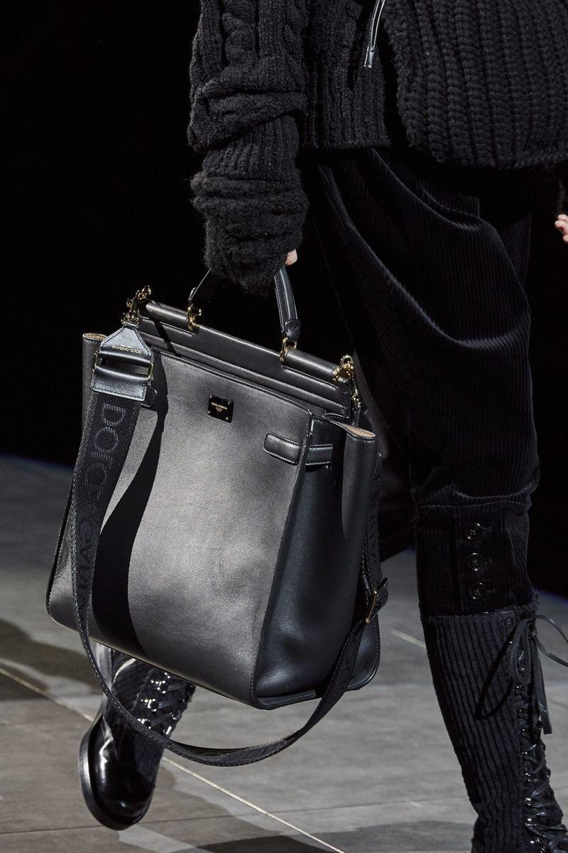 Модные сумки осень-зима 2020-2021 модель тоут из коллекции Dolce & Gabbana