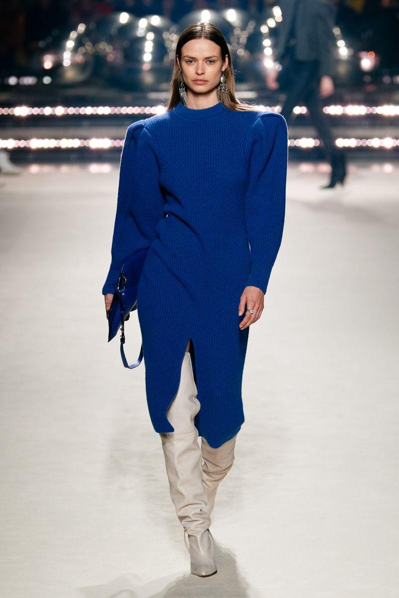Модное длинное вязаное платье осень-зима 2020-2021 из коллекции Isabel Marant