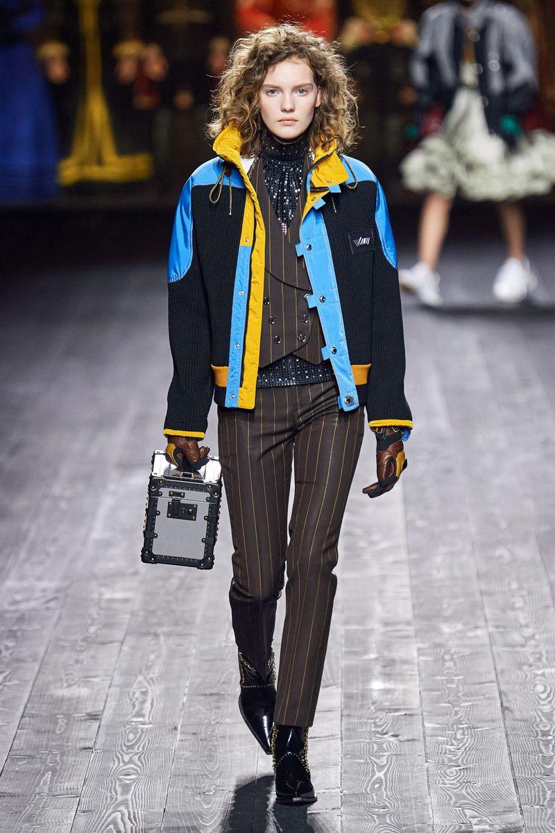 Модная спортивная куртка осень-зима 2020-2021 из коллекции Louis Vuitton