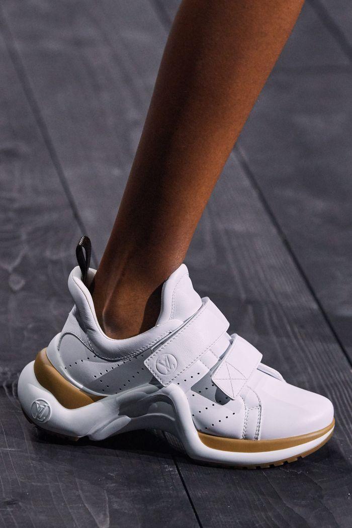 Модная женская обувь сезона осень-зима 2020-2021 - кроссовки из коллекции Louis Vuitton