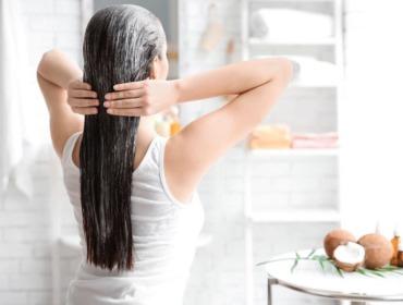 5 восхитительных масок для сухих волос в домашних условиях