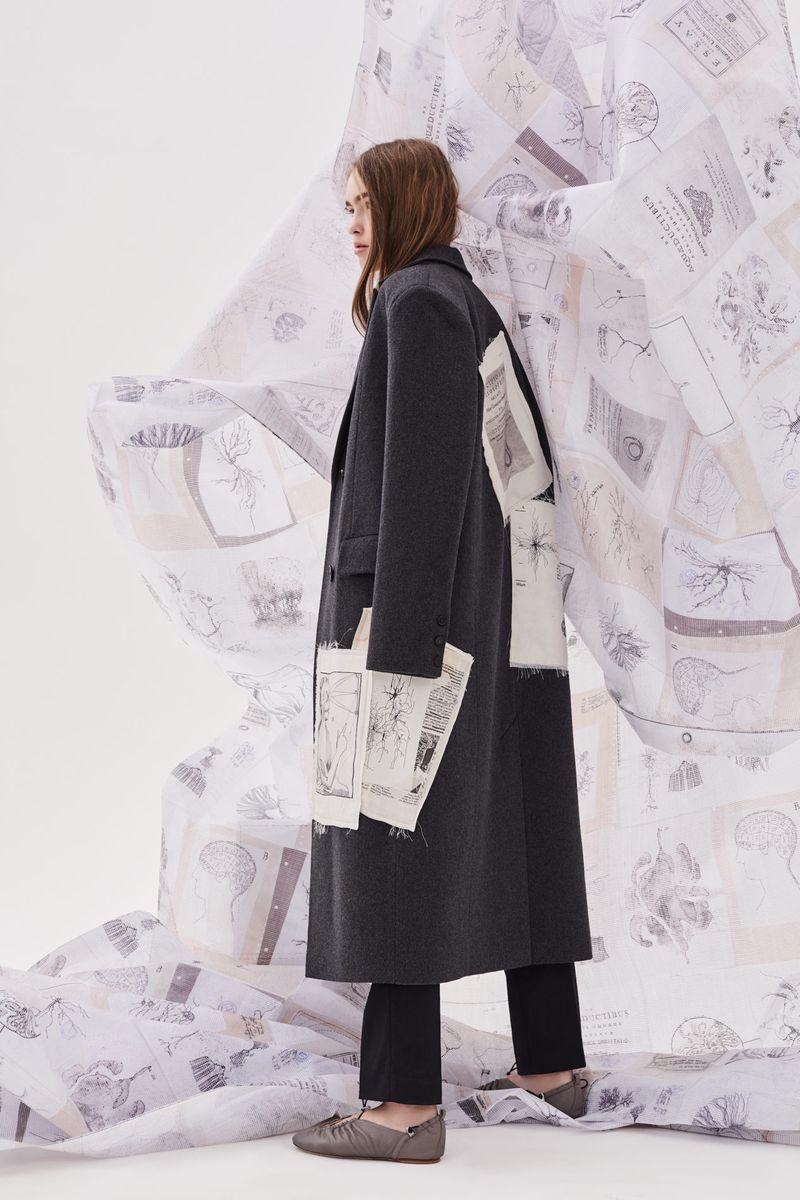 Модное пальто с принтом осень-зима 2020-2021 из коллекции Ruban