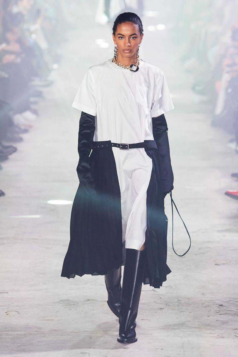 Модная юбка на ремне осень-зима 2020-2021 из коллекции Sacai