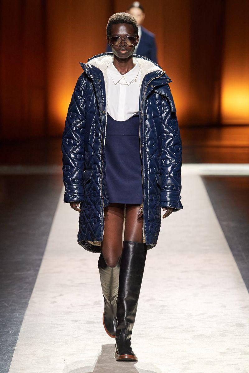 Модная кожаная куртка осень-зима 2020-2021 из коллекции Tod's