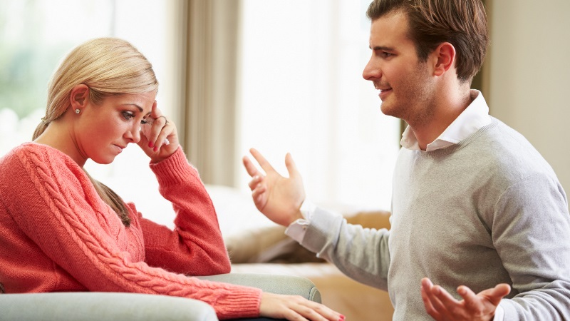 Как реагировать на критику мужа или парня