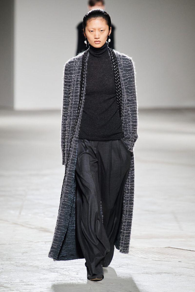 Модные брюки из коллекции осень-зима 2020-2021 Agnona