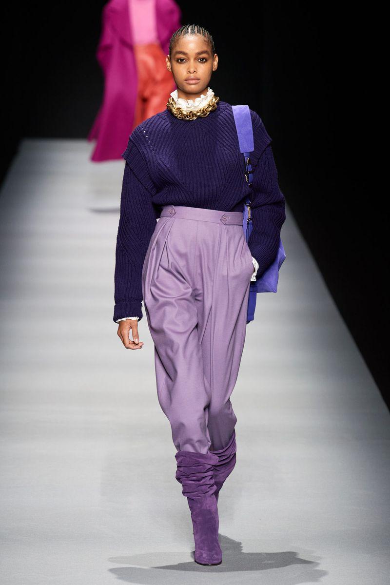 Модный джемпер из коллекции осень-зима 2020-2021 Alberta Ferretti