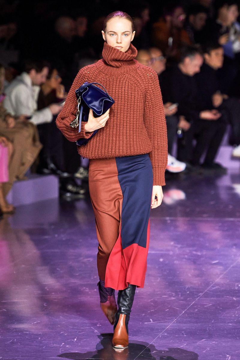 Модный объемный свитер из коллекции осень-зима 2020-2021 Hugo Boss