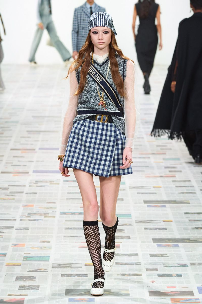 Модный жилет из коллекции осень-зима 2020-2021 Christian Dior