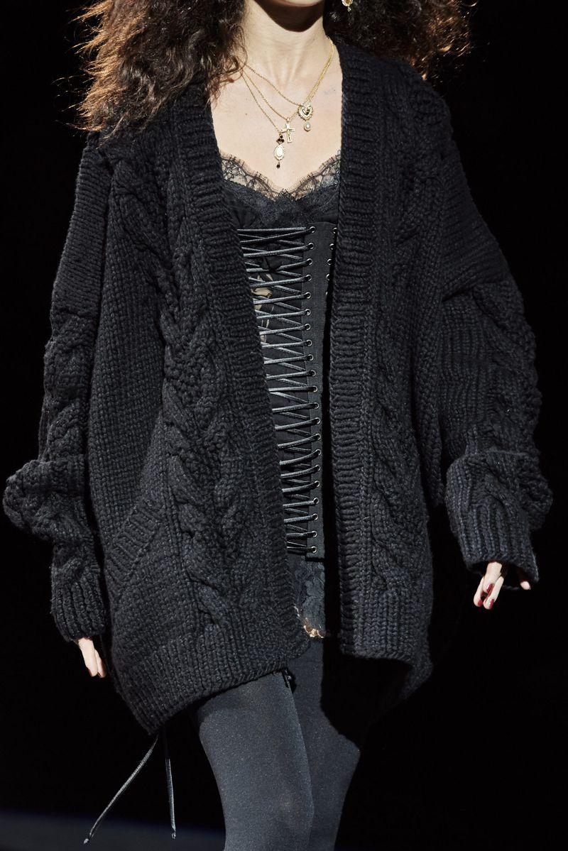 Модный объемный кардиган без пуговиц из коллекции осень-зима 2020-2021 Dolce & Gabbana