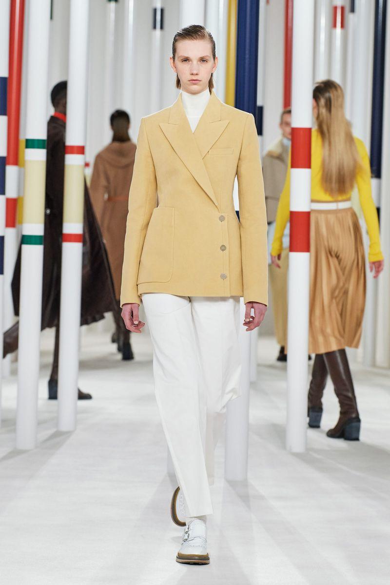 Модный пиджак из коллекции осень-зима 2020-2021 Hermès