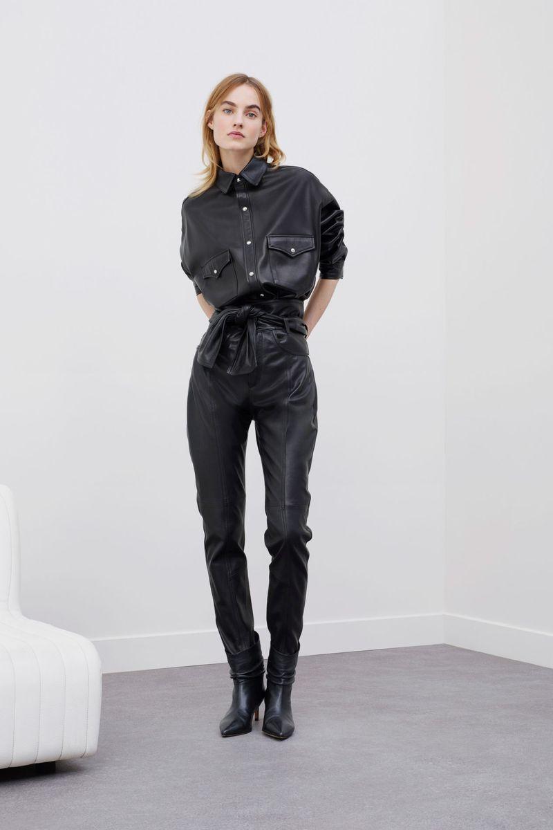 Модная кожаная рубашка из коллекции осень-зима 2020-2021 IRO