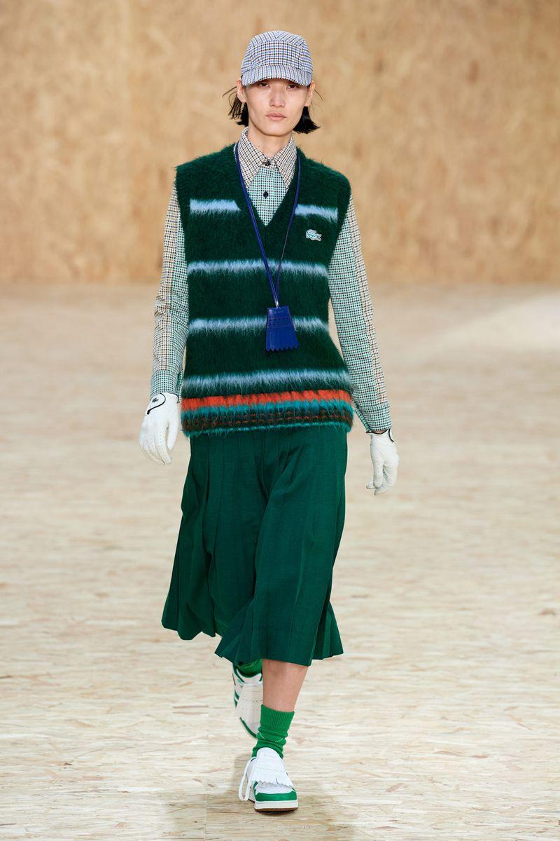 Модный жилет из коллекции осень-зима 2020-2021 Lacoste