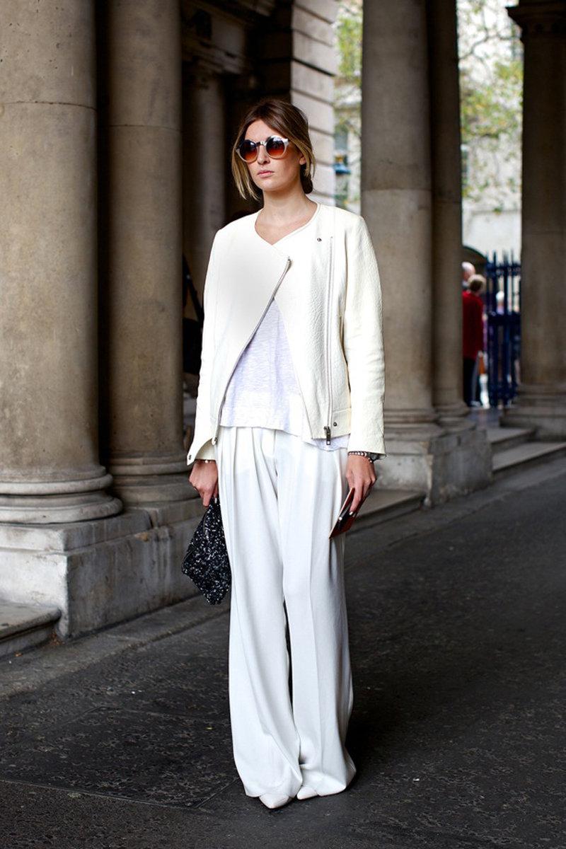 Образ № 4 - белая куртка из кожи