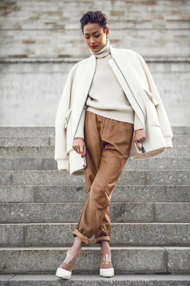 Образ № 5 – белая укороченная куртка