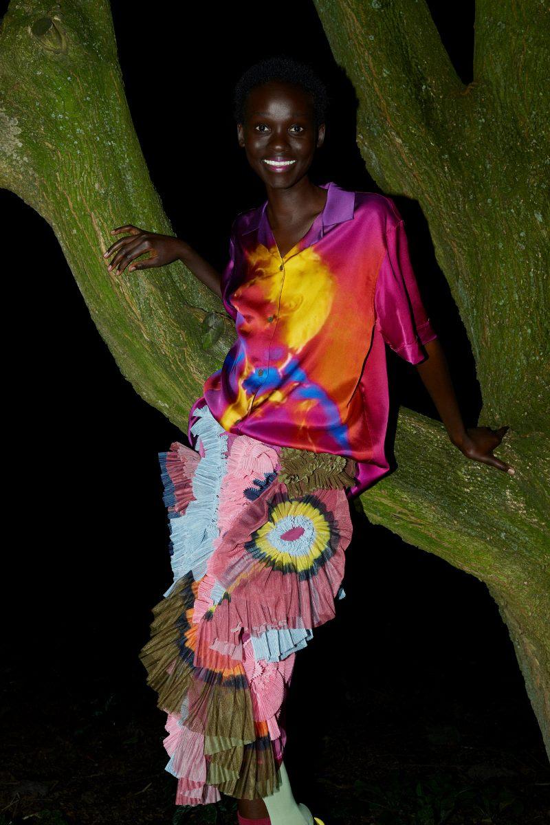 Модный тренд в одежде 2021. Фото из коллекции Dries Van Noten