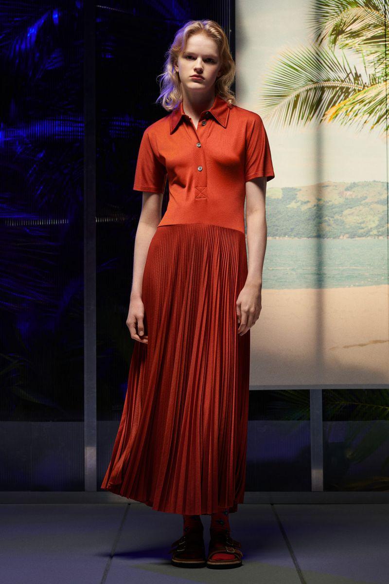 Модное платье весна-лето 2021 из коллекции Paul Smith