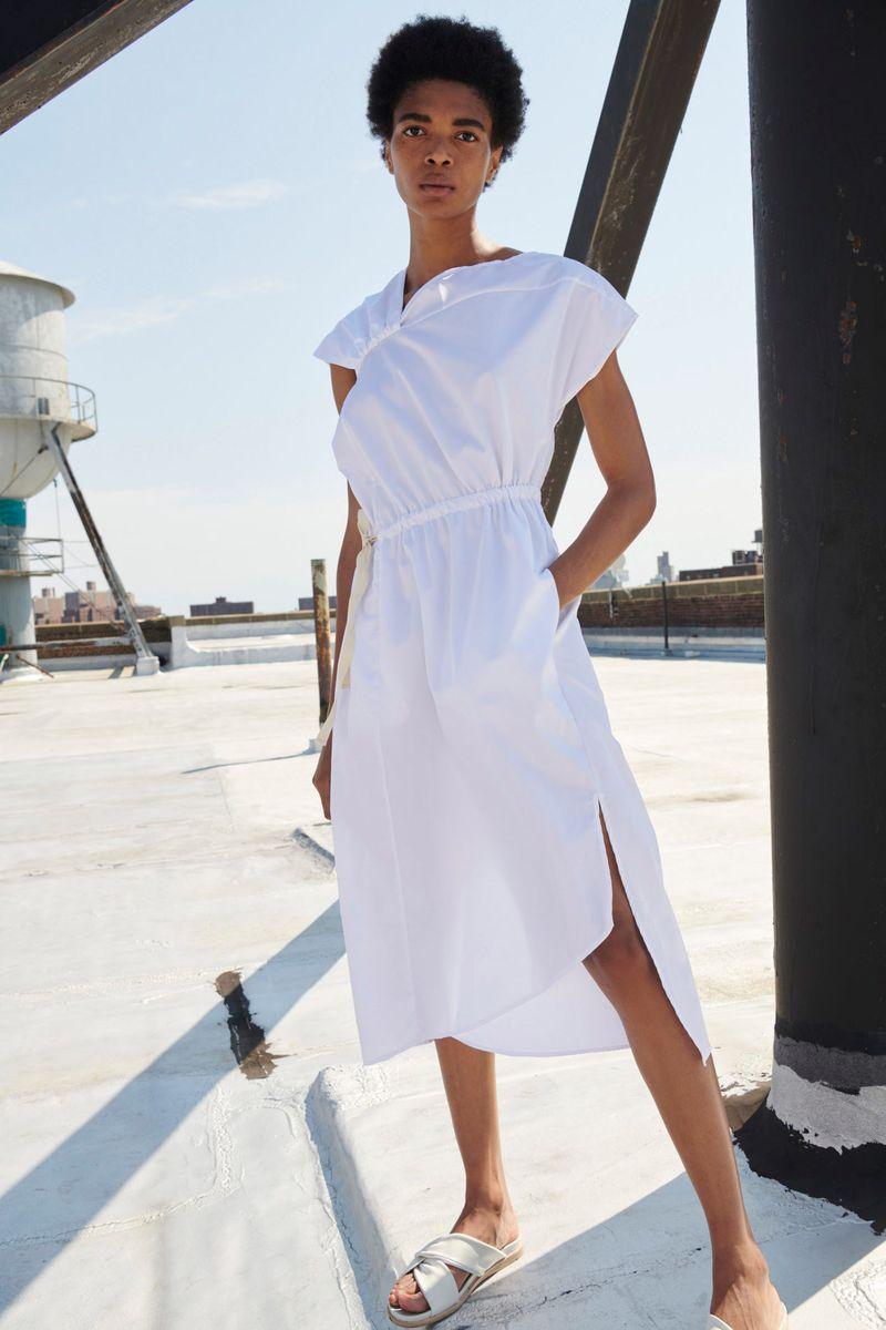 Модное платье весна-лето 2021 из коллекции Zero + Maria Cornejo