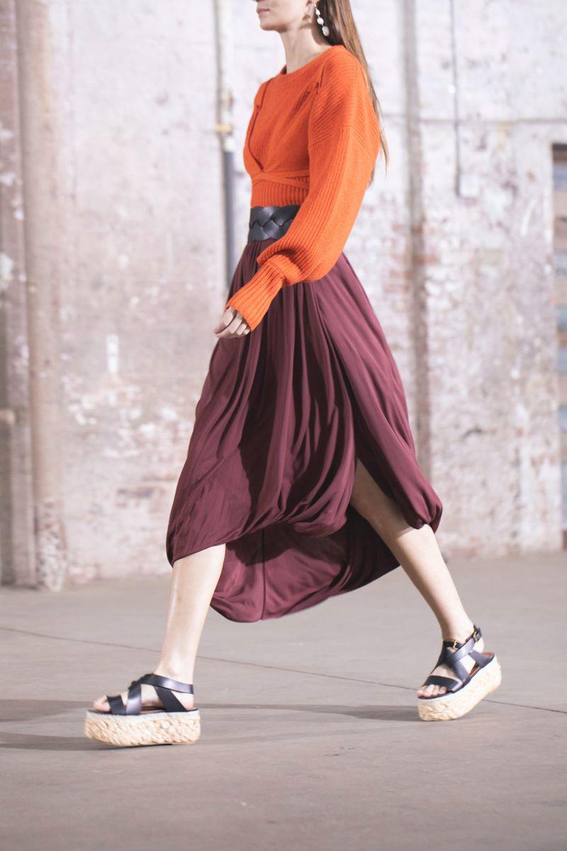 Модная юбка весна-лето 2021 из коллекции Altuzarra