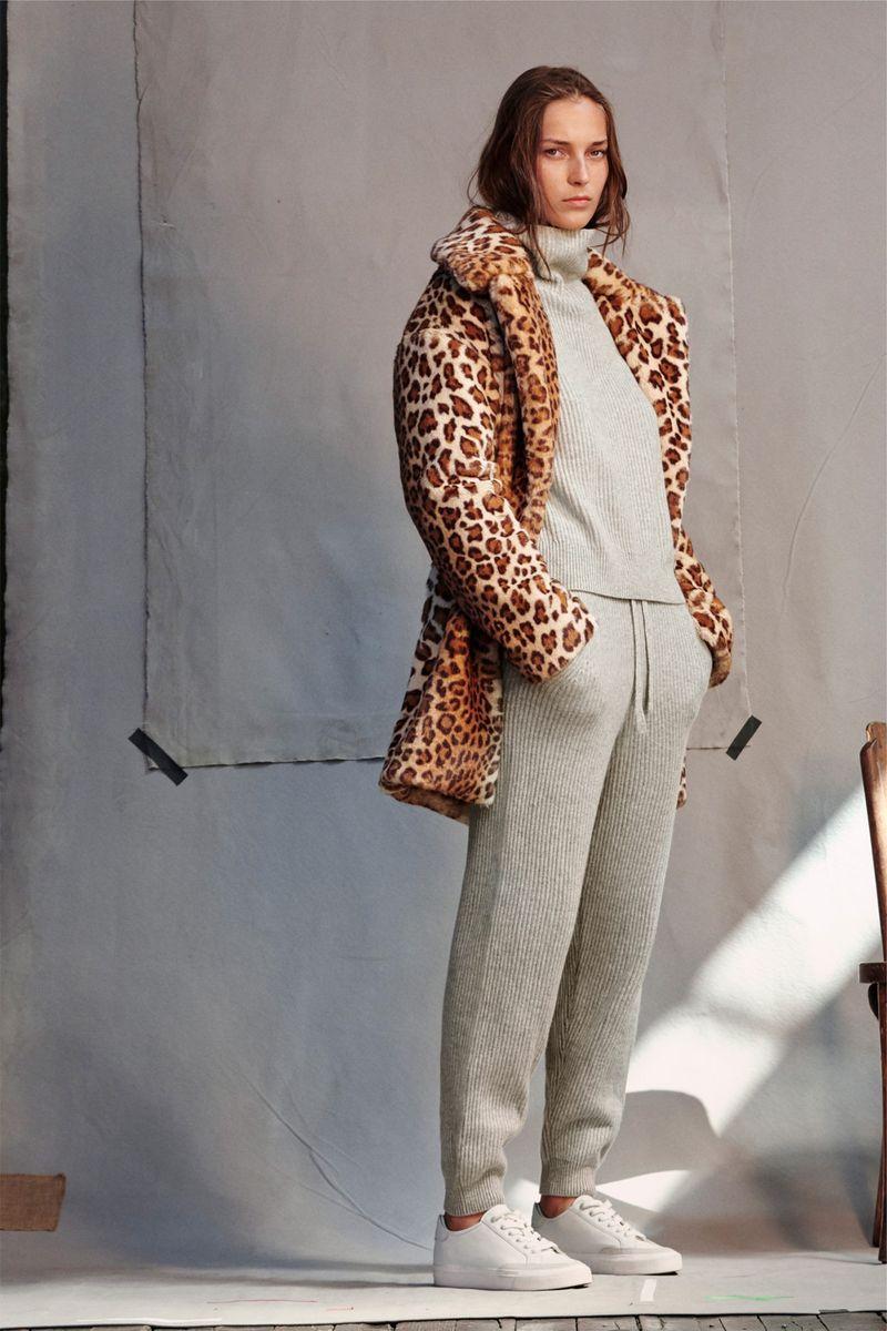 Модные трикотажные брюки весна-лето 2021 из коллекции Rag & Bone