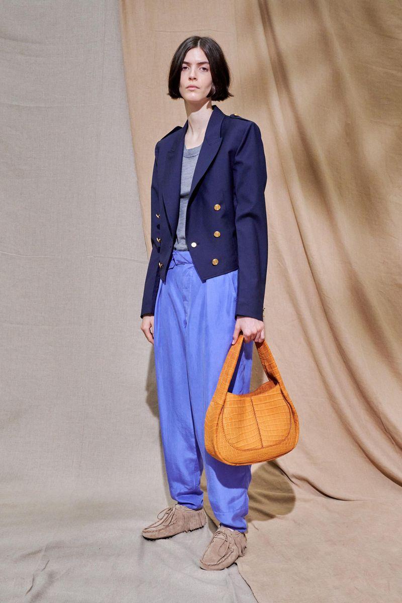 Модные женские широкие брюки сезона весна-лето 2021 из коллекции Tod's