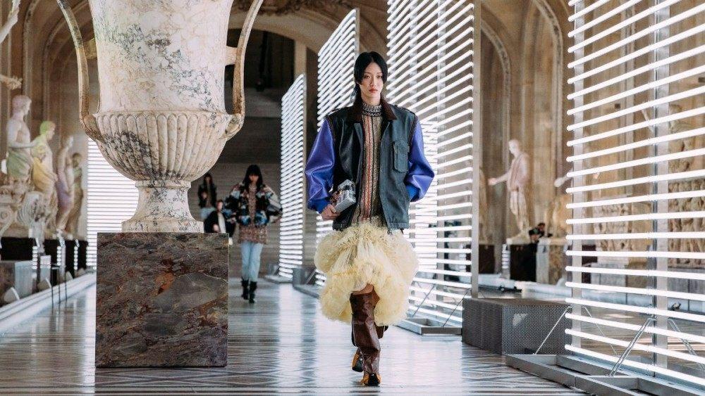 Модные тренды осень-зима: показ Louis Vuitton 2021-2022