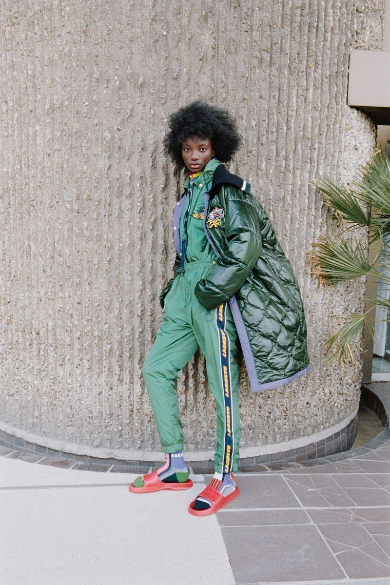 Модная куртка осень-зима 2021-2022 Lacoste