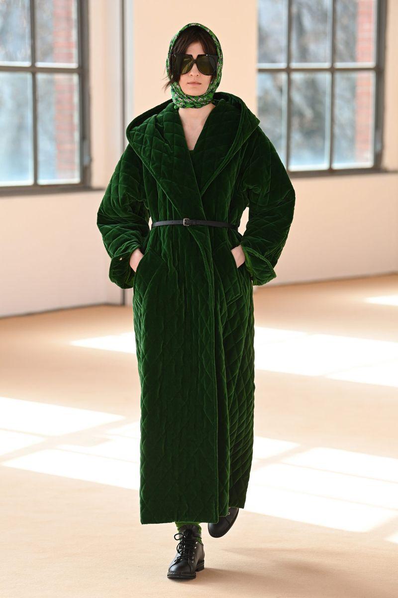 Модное пальто осень-зима 2021-2022 из коллекции Max Mara