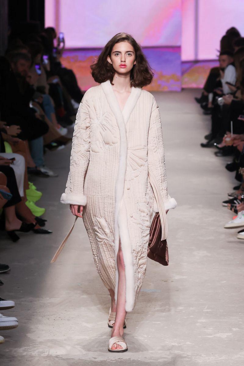 Модное пальто осень-зима 2021-2022 из коллекции Ruban